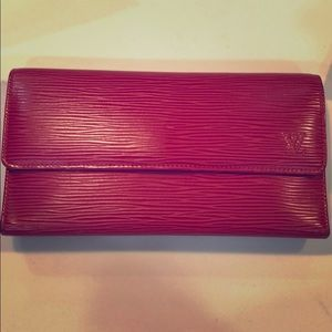 Red EPI leather Louis Vuitton International Wallet